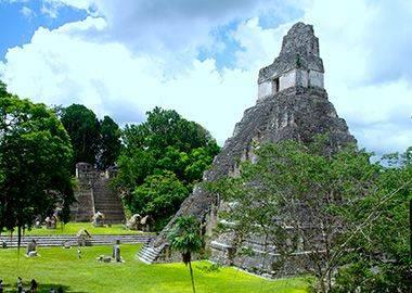 Naturaleza y arqueología en Guatemala